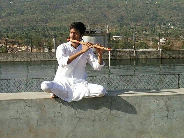 Help Madhu for learning flute