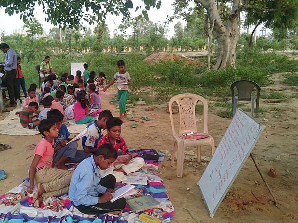 Help to empower these underprivileged children of Jhuggi's.