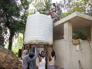 Lifting a water tank