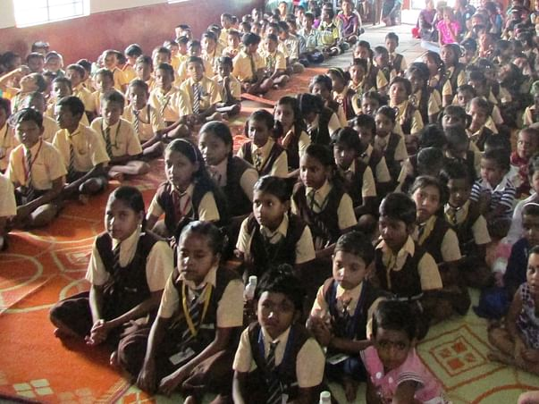Help 300 Poor Children to Become Computer Literate