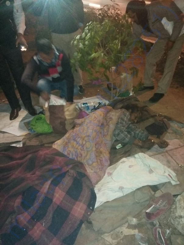 Death of a person sleeping at Roadside near Model Town Metro Station