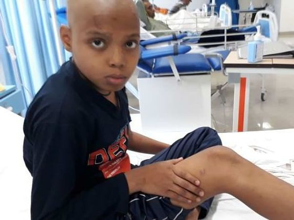 This 10-Year-Old School Topper Will Lose His Leg & Life To Bone Cancer