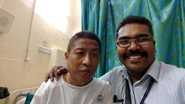Apong with doctor