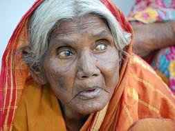 Gift Vision To Thousands Of Blind Needy Elders In Karnataka