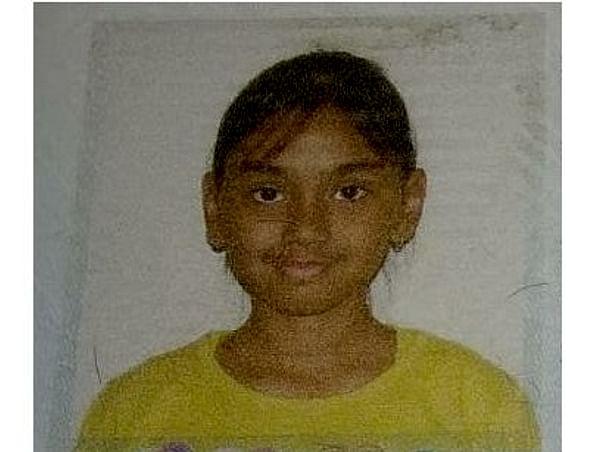 Help single parent - Megha educate her daughter.