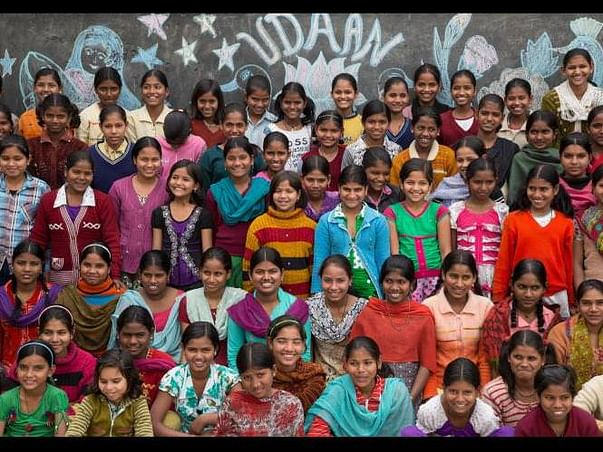 Support education of 100 underprivileged girls!
