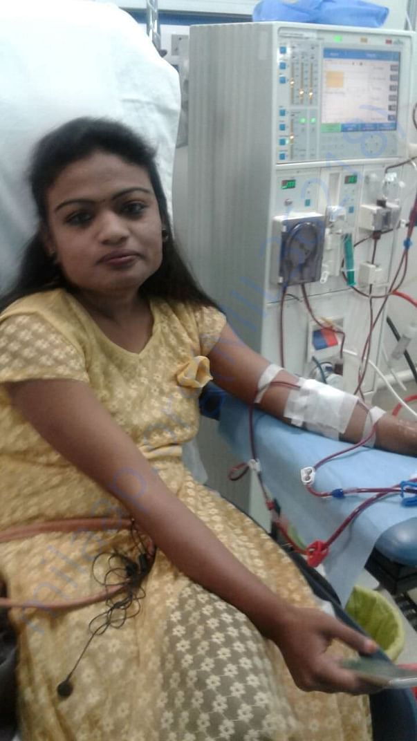 She is my sister aparna.She is been on dialysis since 3 years.