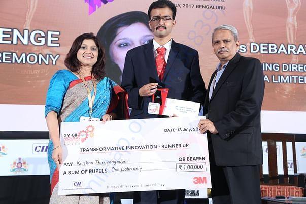 Recieiving the 3M- CII Young Innovator Award 2017