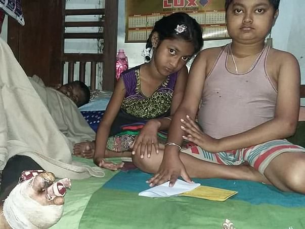 Urgent help for Sadhan Chanda battling gangrene in both his legs due to diabetes. He and his family have no source of income.