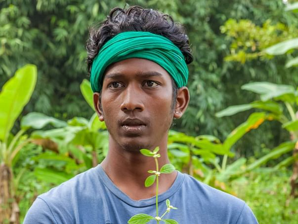 Help Umaramanan Umapathi to get in the course