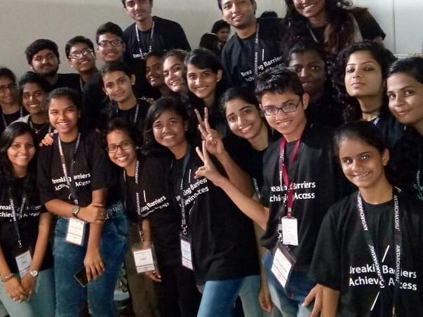 Hep Vrushali Attend Asian Harvard Conference.