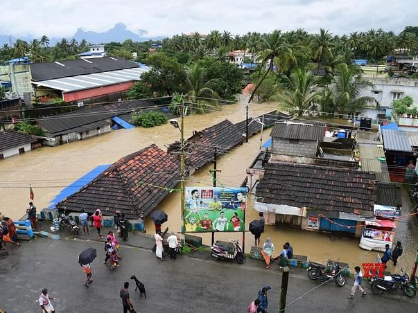 Helping Hands For Kerala Flood Victims.