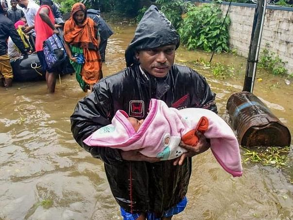 Kerala Floods 2018 - Blankets For The Affected Communities