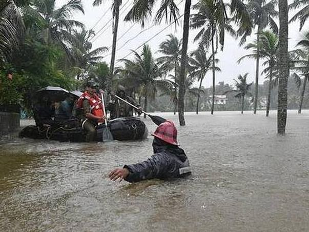 Kerala flood disaster relief donation campaign