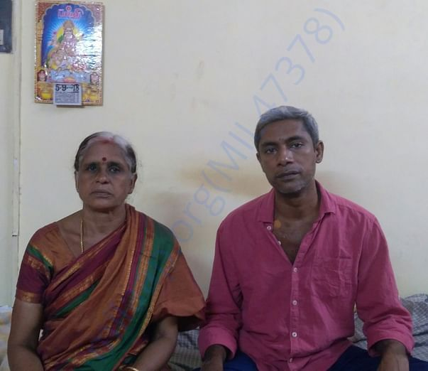 Venkatakrishnan with his mom (Donor)