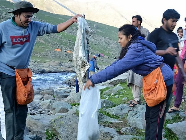 Support Green Trails to keep Himalayas waste free