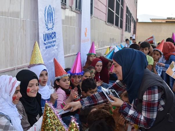 Help Letters of Love spread smiles to refugee children.