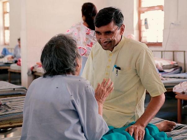 Dr.Bhardwaj treats, rehabilitates 2500 abandoned patients at Apna Ghar