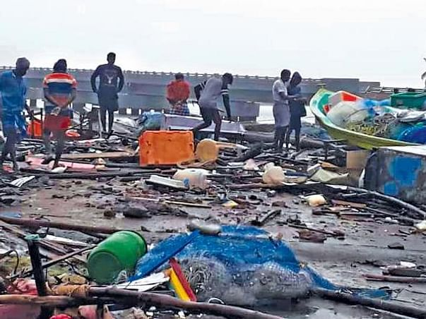 Help Gaja Cyclone Victims in Nagapattinam
