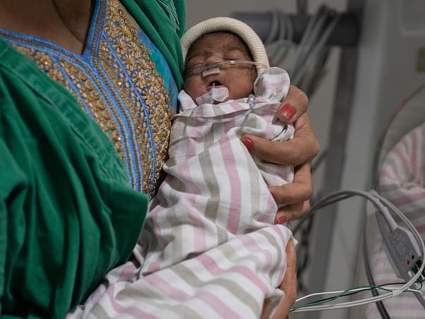 1-Month-Old Baby Girl Hasn't Been Home Since Birth, Help Her Recover