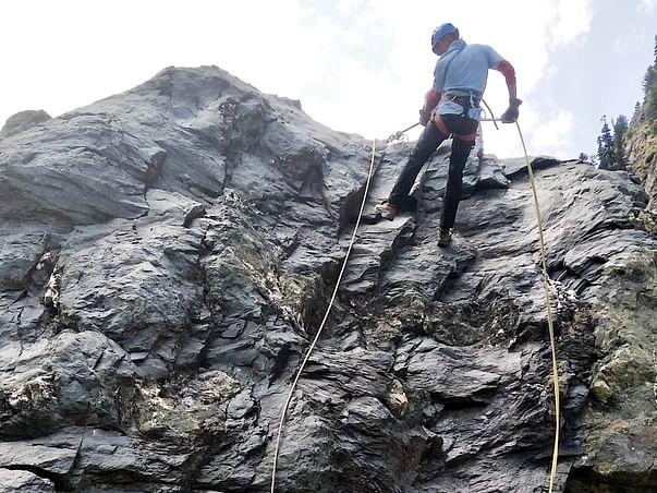 Help Biju Patnaik International Seven Summit Mountaineering Abhiyan