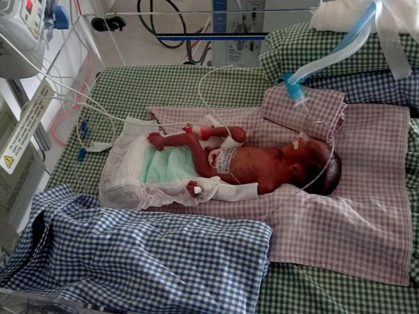 Help Karthikeyan To Save His Twin Babies