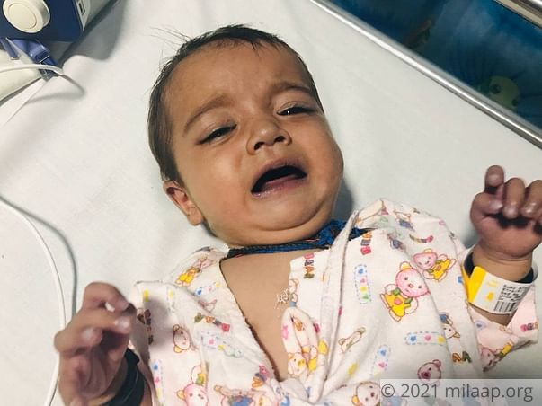 Shopkeeper Has Just Few Hours To Save Baby Girl From Heart Failure