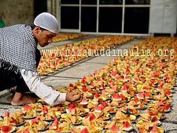 Free food Distribution Ramzan