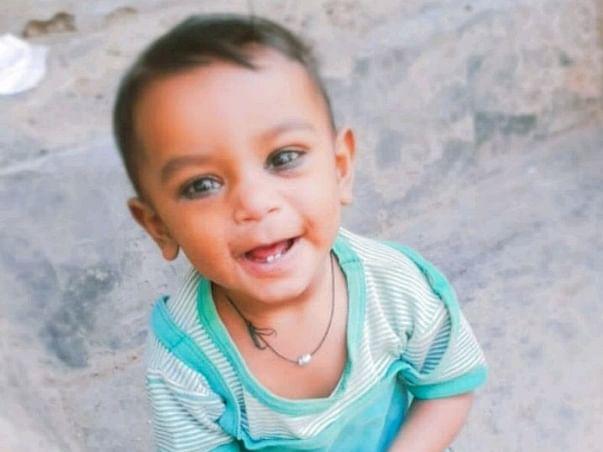 Help Baby Zainab Undergo Heart Surgery