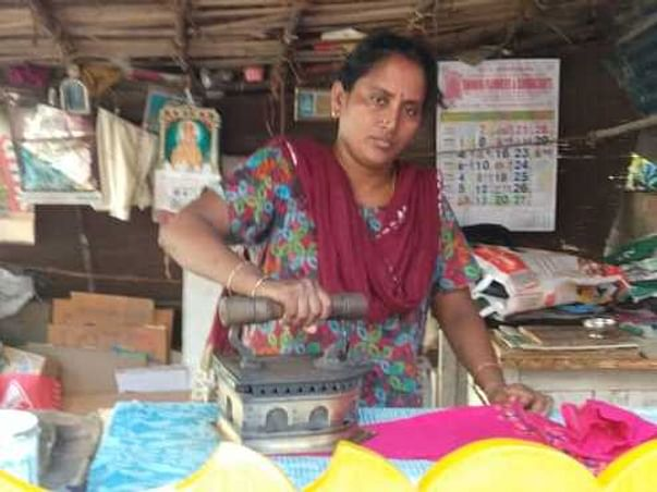 Help Viji, an 'Iron' Lady to provide for her daughter's education