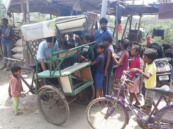 Fruit Distribution drive for children in Slums /streets
