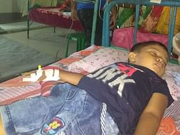 Daily wage Laborer fighting to save his son's life