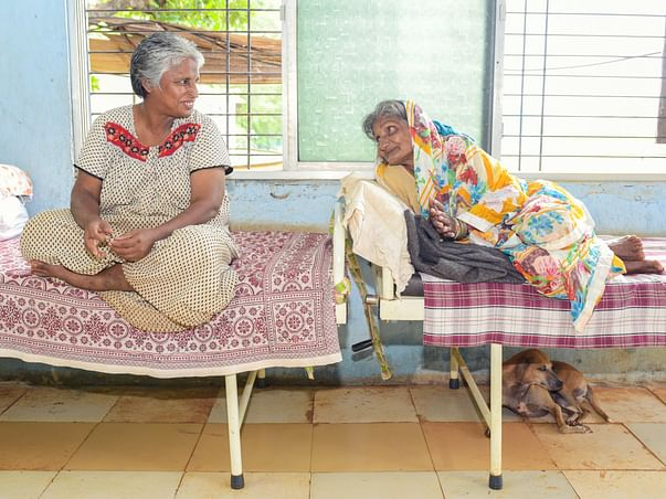 Lets Unite To Help The Old Age Home