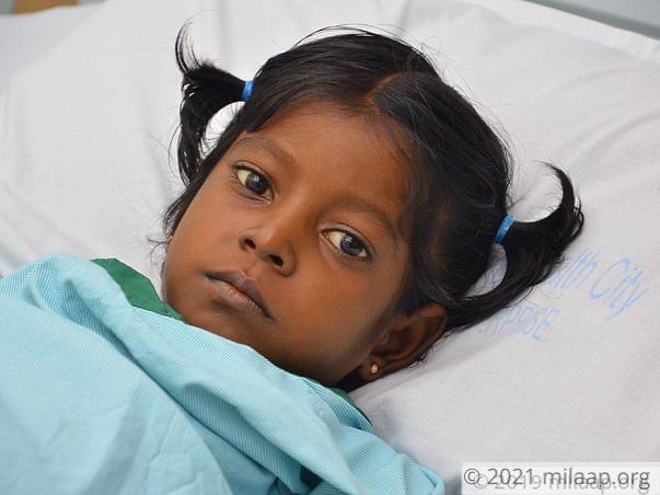 Oviya needs your help to undergo Liver transplant