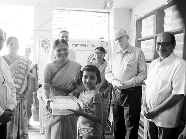 "Support your school in city  ""Marathi kanya Pathshala"""