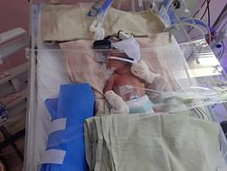 Help Gayathri's on her High risk twin pregnancy with IUGR type 2