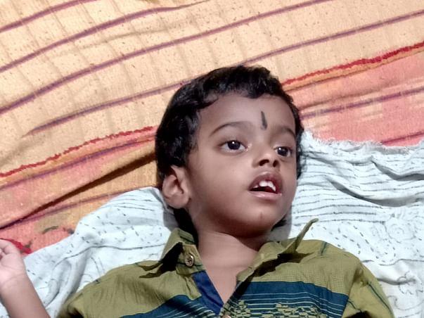 Help Sabari Vasan For His Medical Treatment.