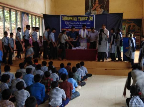 Social and cultural program
