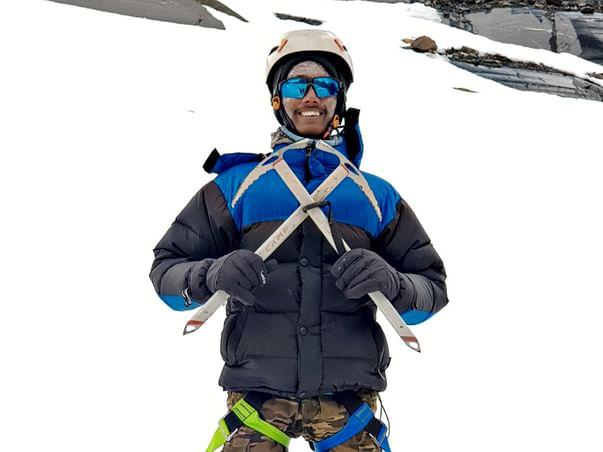 ENCOURAGE SAHIL TO HOIST TIRANGA ON MOUNT KILIMANJARO
