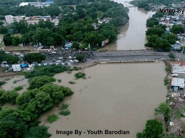 Help for Vadodara Heavy Flood Affected