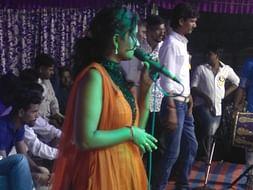 Help forward to make big singer