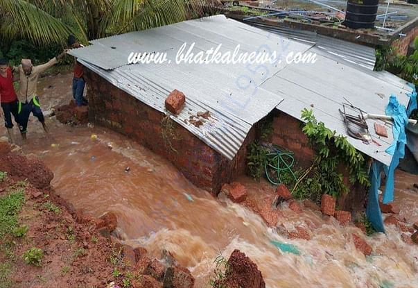 People are suffering because of flood