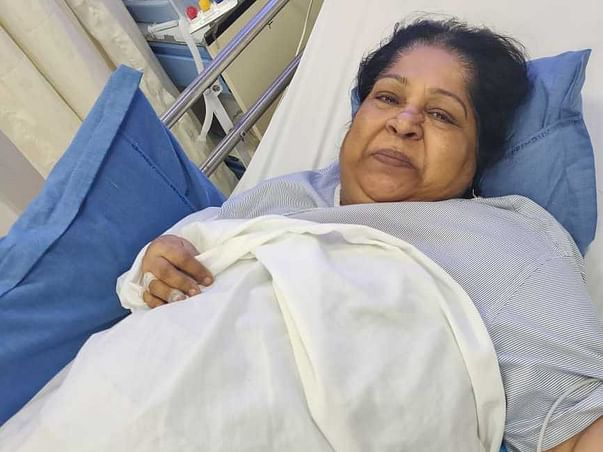 Help My Mother Khatija Undergo Laparoscopic Cholecystectomy.