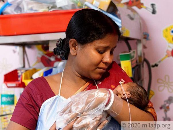 Baby of Munmun Banerjee needs your help to survive