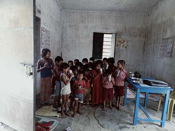 Help Poor Children Willing To Read.