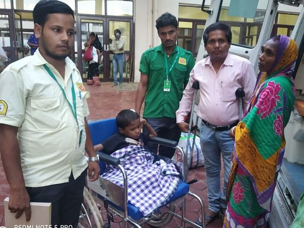 Help 11 Years Old Indian Boy Born With An Extra Leg Undergo Surgery