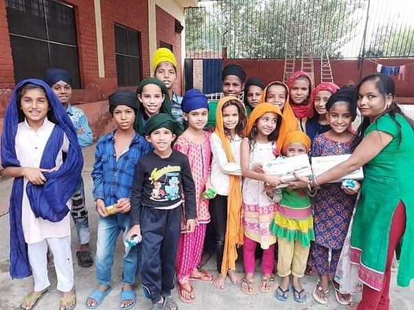 Help These Kids To Wear Woolen Clothes This Winter