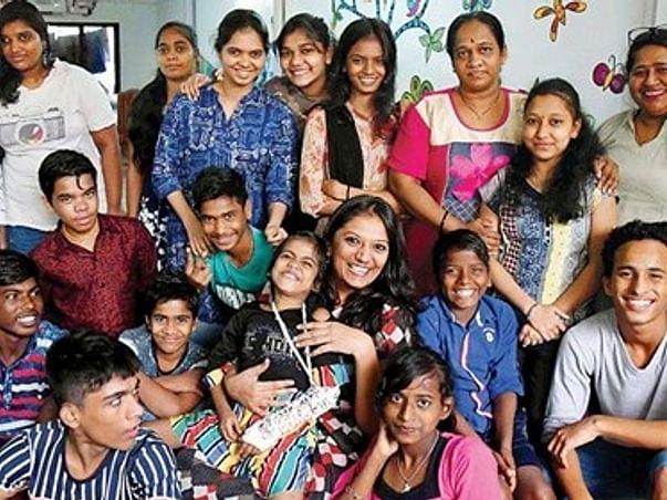 Last Days Of Dying Children Are Filled With Joy By This Mumbai Woman