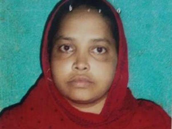 Help Gunmahra Khatoon For Her Treatment