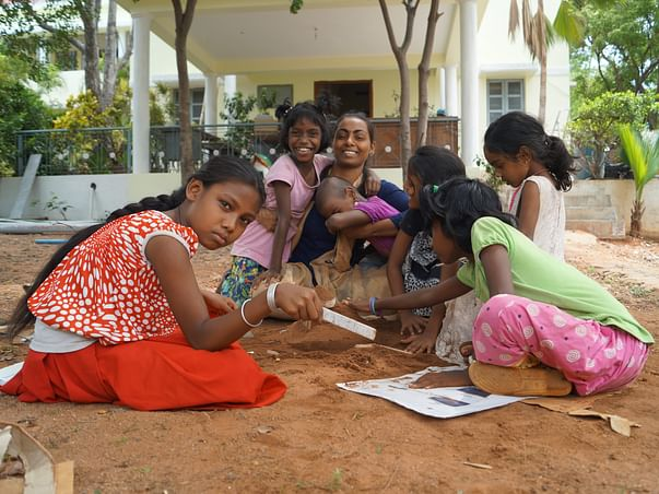 Help Migrant Girls To Get Uninterrupted Education